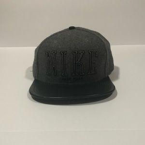 Nike men's wool cap